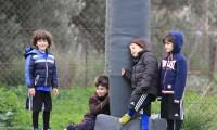 Περιμένοντας την αντίπαλη ομάδα.